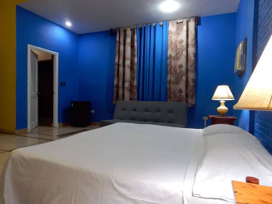Casa Alicia Book Accomodation in Cuba - YouHostal